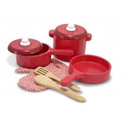 dinette en bois et accessoires de cuisine