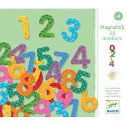 38 chiffres magnétiques en bois Djeco